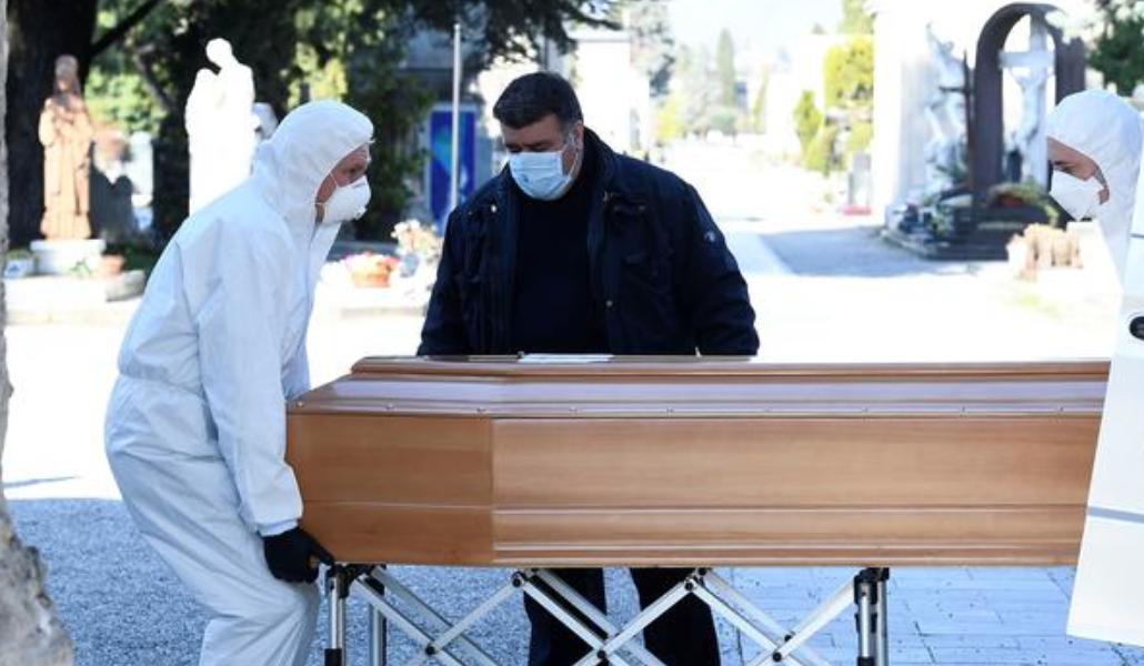 Ինչո՞ւ են COVID-19-ից մահացածներին թաղում փակ դագաղների մեջ