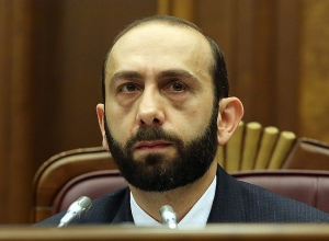 Delegation Led by NA Speaker Ararat Mirzoyan Leaves for Lithuania on an Official Visit